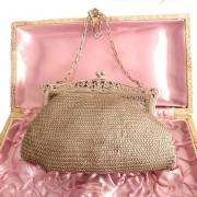 complementos-antiguos-accesorios-vintage-bolsos-regalos-fiesta-boda-ceremonia