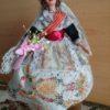 muñeca-fallera-con-caja-musical-vintage-años-50-de-coleccion