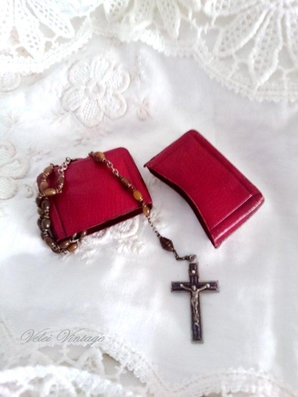 rosario-antiguo-con-estuche-de-piel-vintage-regalos