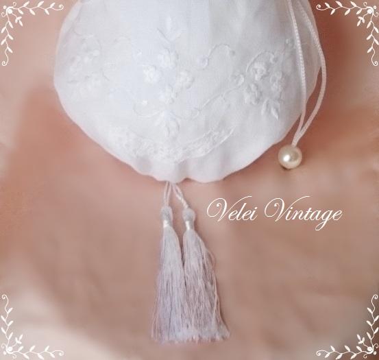 bordado-limosnera-novia-blanco