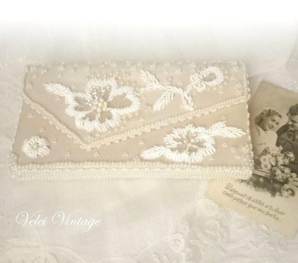 bolso-de-mano-bordado-blanco-ivory-vintage-de-fiesta-novia-años-50