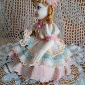 figura-de-resina-vintage-muñeca-regalo