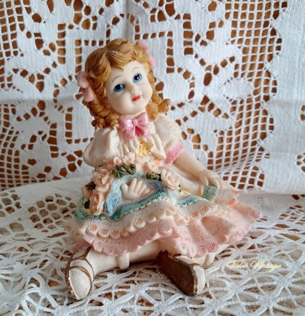 figura-vintage-muñeca-niña-decorativa-antigua