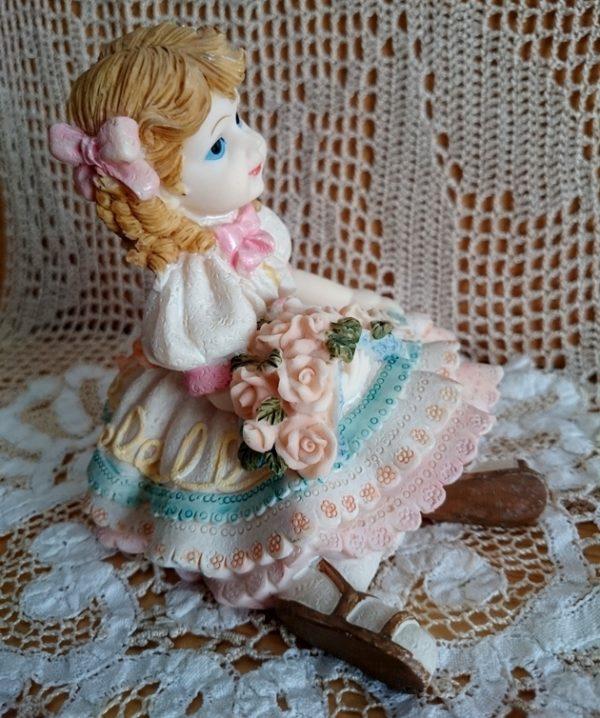muñeca-con-flores-vintage